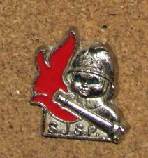 A70 VINTAGE PIN SILVER RED SAPEURS POMPIERS CUTE HELMET FIRE FIGHTER FIREMAN