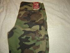 Arizona Camoflage Cargo Shorts 29 NWT # 558