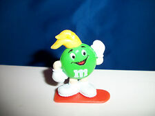 M&M WINTER SPORT Green SNOWBOARDING Figure M&Ms SNOWBOARD French Pocket Surprise