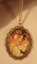 Lacy Scalloped Rim Peach Flower Hat Lovely Lady Cameo Goldtne Pendant Necklace