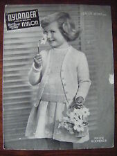 VINTAGE Nylander Knitting pattern-girl's Classic Twin Set 26""