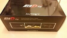 BRAND NEW Autoart TOYOTA SPRINTER TRUENO AE86 INITIAL D PROJECT D 1/18 Scale