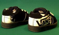 Vans widow BABY shoes. Size 5.  NIB.      Very Rare find