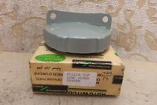 NOS LAND ROVER SERIES II IIA III 2 Defender TWO LUG PETROL FUEL CAP # 504655
