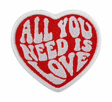 PATCH TOPPA ALL YOU NEED IS LOVE BEATLES RICAMO TERMOADESIVO cm 8 x 7