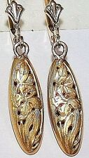 ANTIQUE VICTORIAN FRENCH 18K GOLD OVAL FLOWER ENGRAVED FINE DANGLE EARRINGS 1900