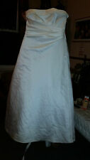 LADIES TRUE VINTAGE WEDDING / BRIDESMAID DRESS  BY MAGGIE SATTERA