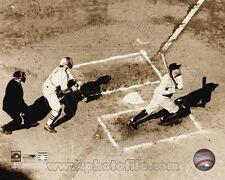 BABE RUTH YANKEES 8X10 *LICENSED* PHOTO 1927 60th HOME RUN
