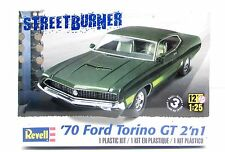 1970 Ford Torino GT Revell 85-4099 1/25 New Car Model Kit