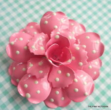 JOAN RIVERS BUBBLE GUM PINK POLKA DOTTED METAL ENAMEL FLOWER PIN EXCELLENT COND.