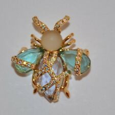 "JOAN RIVERS - VERY RARE - ""FANTASY WRAPPED"" BEE PIN BROOCH - MINT CONDITION"