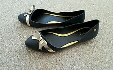 NEW Black and Gold  flat ballet  shoes  size UK 5 EUR 38