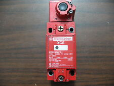 Telemecanique XCS B713 Safety Limit Switch without Accuator Key