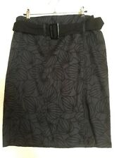 NEW WITH TAGS DESIGNER PORTMANS GREY BLACK FLORAL STRETCHY PENCIL SKIRT $69