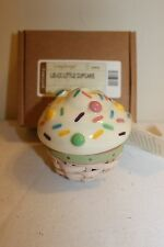 2012 Longaberger CC Collectors Club Little Vanilla Cupcake Basket Set -- New