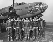"Crew of the Boeing B-17 Fortress Man-O-War 8""x 10"" World War II Photo Picture 34"