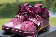 NEW LEBRON SOLDIER IX PRM SZ 9 DEEP GARNET METALLIC GOLD 749490 670