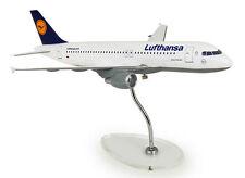 Lufthansa Airbus A320-200 1:100