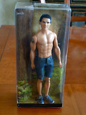NEW BARBIE COLLECTOR Twilight Saga New Moon JACOB Doll Pink Label 2009 MATTEL