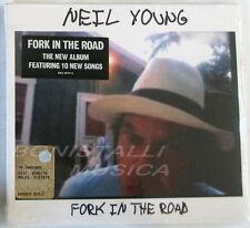 NEIL YOUNG - FORK IN THE ROAD - CD Sigillato