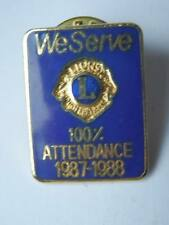 Vecchia spilla LIONS CLUBS 100% attendance 1987 1988 We serve spilletta old pin