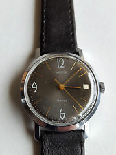 Soviet  Vostok   men's classic  watch,  Ca 2214, 18 j, little used, 1970's