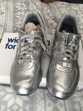 NEW BALANCE CM576SV SZ 9.5 Silver. Free Shipping