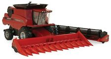 Case IH Axial-Flow 8230 Combine 1/32 Die-Cast Replica Prestige Collection Toy