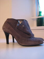 Grey Suede Boots House of Frazer size 39 -  Genuine Suede