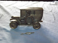 VINTAGE 1908 BANTHRICO OLD METAL CAR BANK WITH KEY