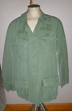 VINTAGE MILITARY FIELD JACKET COAT ARMY GREEN MED REG COMBAT SURPLUS WAR