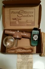 VTG FILTER QUEEN SUDSER W/ CONCENTRATE ORIGIONAL BOX BRUSH HEALTH-MOR CHICAGO IL