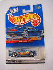 HOT WHEELS RACE TEAM SERIES IV MERCEDES C-CLASS 2/4