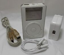 Apple iPod 5 GB White (1st Generation)  M8513LL/A Grade B