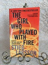 The Girl Who Played With Fire By Stieg Larsson ( 2010, Paperback) Crime Fiction