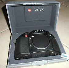 Leica r8 IN SCATOLA ORIGINALE; analogica reflex chassis/Body; NERO; R 8 (h0022)
