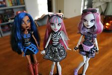 MONSTER HIGH DOLL MH 1st FIRST WAVE LOT ROBECCA STEAM, ROCHELLE GOYLE, CATRINE