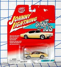 Johnny Lightning Playing Mantis 1972 Buick Riviera Super 70s Series MOC