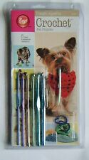 Boye - I Taught Myself To Crochet Kit - 8 Pet Projects, crochet hooks included