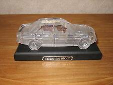 *NEW* Voiture auto Mercedes 190 E sur socle 19x9,5cm Car