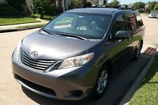 Toyota: Sienna LEATHER