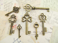 7 Vintage Style Skeleton Keys - Antiqued Finish - Pendant and Charms Key Set Lot