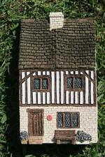 LILLIPUT LANE STREET SCENES No 5 TUDOR HOUSE Made 11 months only