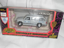 1996 ROAD CHAMPS CHEVY SUBURBAN  RHODE ISLAND. STATE POLICE, 1:43 SCALE