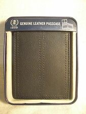 IZOD Mens Black Leather Passcase Wallet w/Flip Up ID