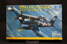 XY152 ITALERI 1/72 maquette avion 044 Corsair F-4U/5N Night Intruder Année 1994