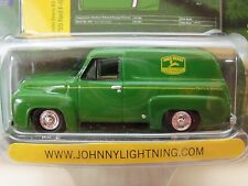 JOHNNY LIGHTNING - JOHN DEERE - 1955 FORD F-100 PANEL DELIVERY - 1/64  DIECAST