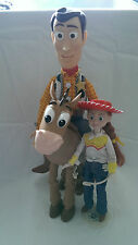 TOY STORY BARBIE POSEABLE JESSIE DOLL & HAT ARTICULATED BULLSEYE TALKING WOODY