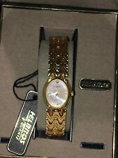 Vintage Ladies Helbros Mother Of Pearl  Gold Tone Watch Bracelet(#A7)