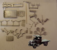 P&D Marsh OO Gauge PW51 Daimler flatbed lorry kit requires painting